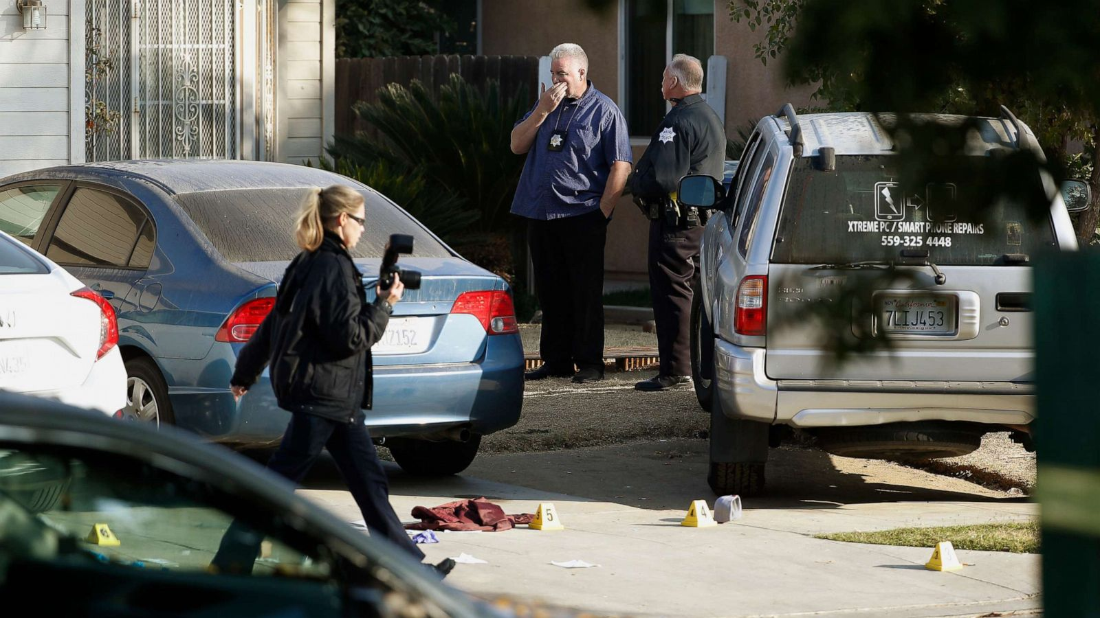 Targeted Mass Shooting In Fresno Backyard Kills 4 Injures 6 Suspects At Large Abc News