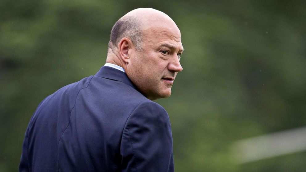 https://s.abcnews.com/images/Politics/gary-cohn-resigns-gty-thg-180307_16x9_992.jpg
