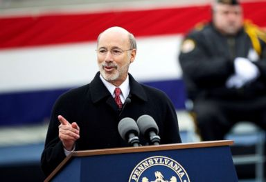 PHOTO: Tom Wolf delivers a speech after being sworn in as the 47th Governor of Pennsylvania during an inauguration at the State Capitol in Harrisburg, Penn., Jan. 20, 2015.