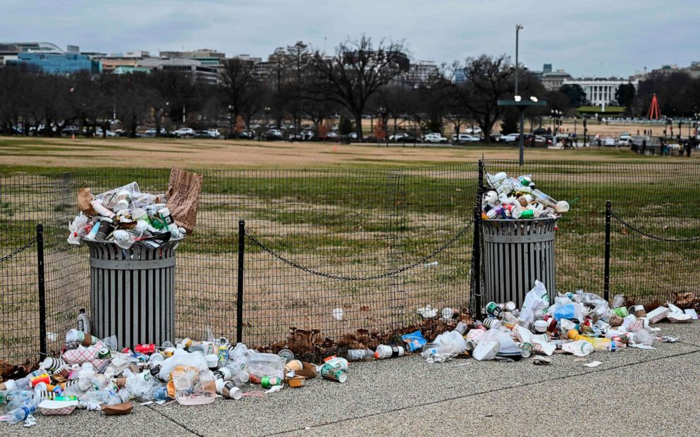 PHOTO: The White House is seen in the background, as trash lays uncollected on the National Mall due to the partial shutdown of the U.S. government on Jan. 2, 2019, in Washington, D.C.