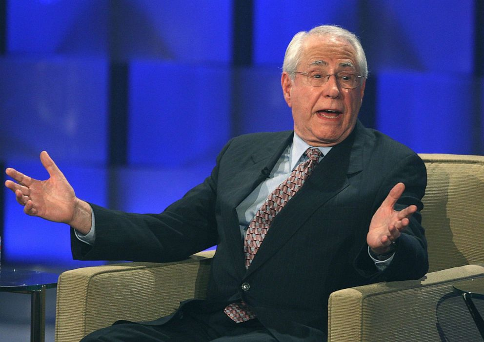 PHOTO: Democratic presidential hopeful Mike Gravel speaks at the Visible Vote 08 Presidential Forum, Aug. 9, 2007, in Los Angeles.