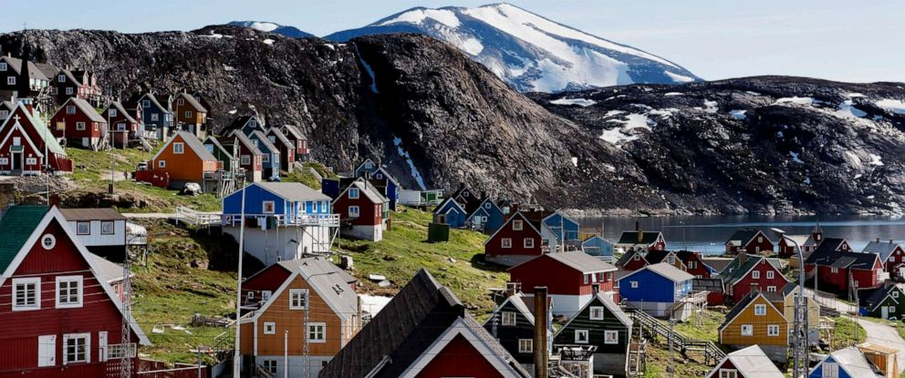 PHOTO: The town of Upernavik in western Greenland, July 11, 2015.