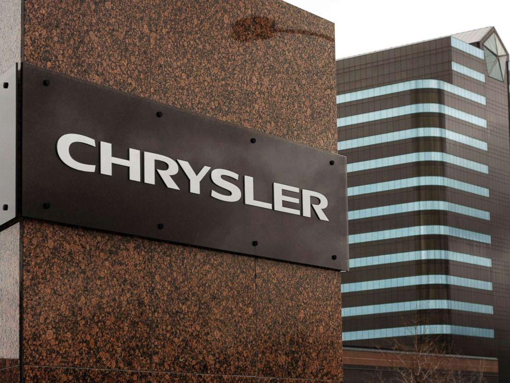 Fiat Chrysler pays $800m to settle emissions cheating claim