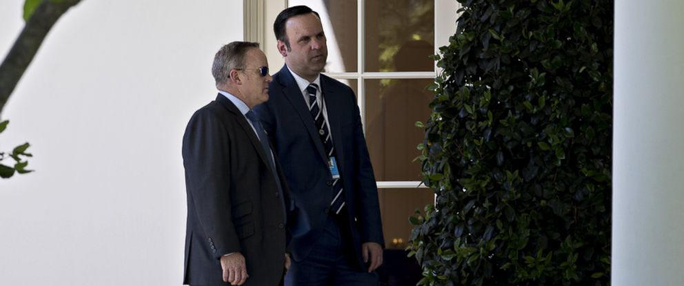 PHOTO: Dan Scavino Jr., White House Director of Social Media, right, speaks with Sean Spicer, White House Press Secretary, outside the Oval Office of the White House in Washington, D.C., May 17, 2017.