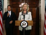 PHOTO: Secretary of State Hillary Clinton, right, and Treasury Secretary Timothy Geithner announce new sanctions against Iran, Nov. 21, 2011 in Washington, DC