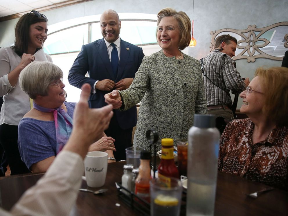 PHOTO: Presidential candidate Hillary Clinton greets people at the Lincoln Square pancake house as she campaign for votes on May 1, 2016 in Indianapolis.