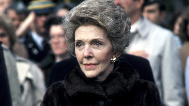 PHOTO: Nancy Reagan greets The Grand Duke of Luxembourg at the White House in Washington, D.C. on November 13, 1984.