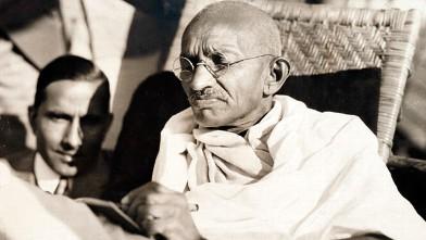 PHOTO: Mahatma Gandhi on board the SS Rajputanaa, 1931.