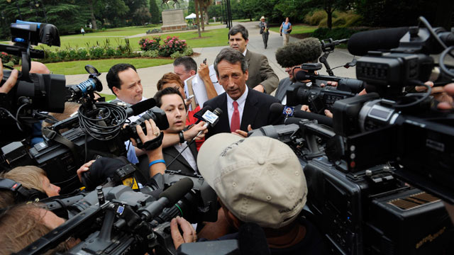 PHOTO: South Carolina Gov. Mark Sanford fields questions from the media following a special meeting with his Cabinet in the Wade Hampton Building at the Statehouse complex on June, 26, 2009. The cabinet meeting was the governor's first planned appearance