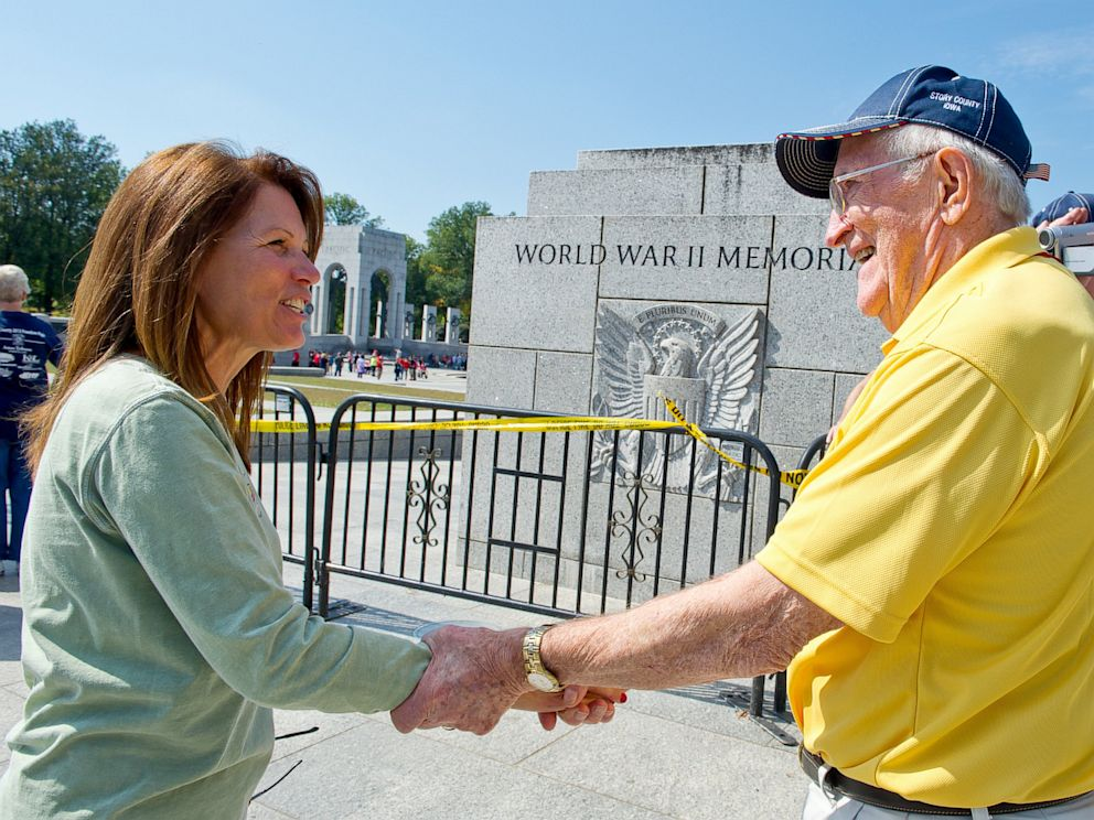PHOTO: US Rep. Michelle Bachmann, R-MN, greets a US military war veteran