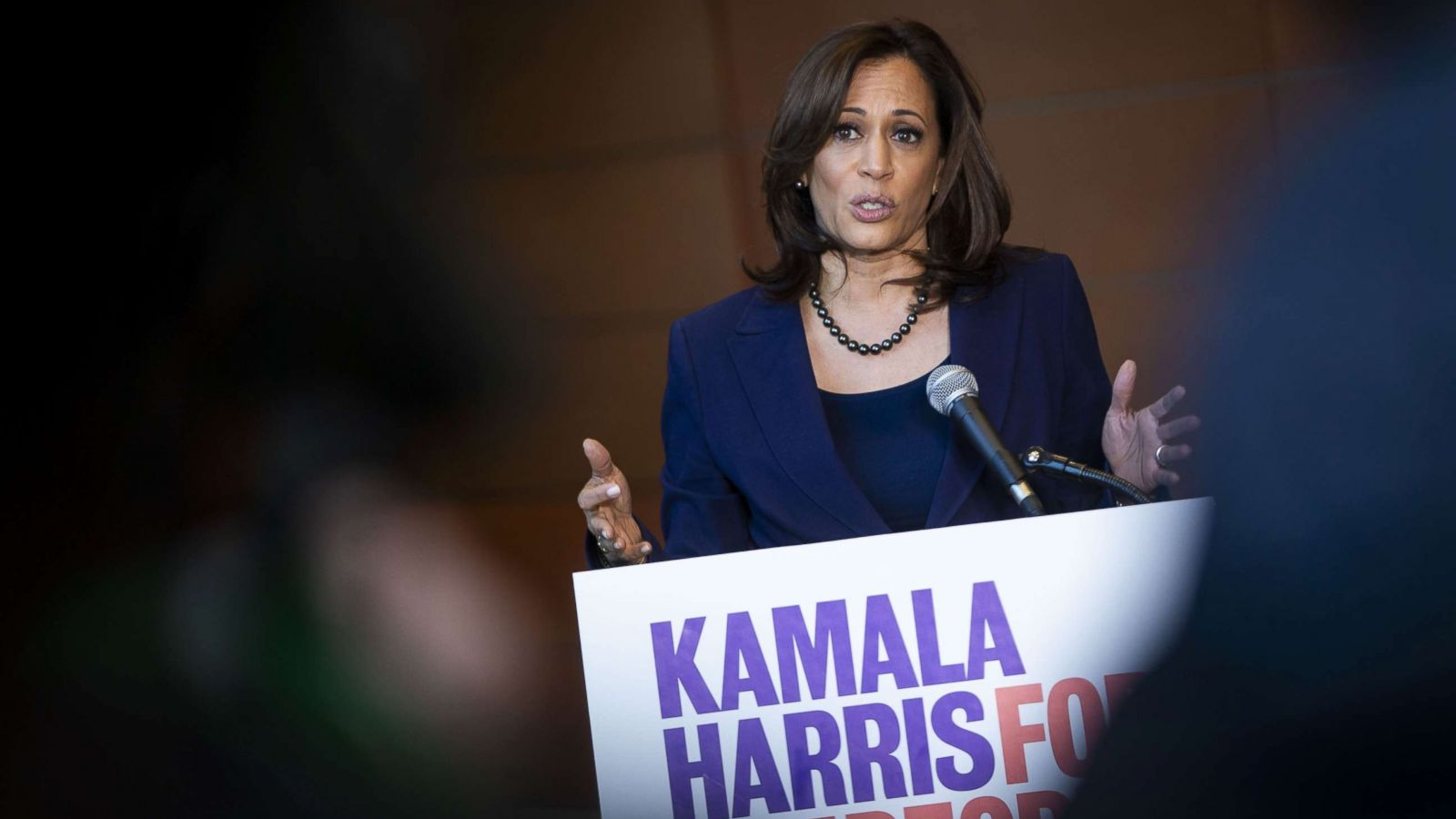 Sen. Kamala Harris kicks off 2020 campaign criticizing Trump and ...