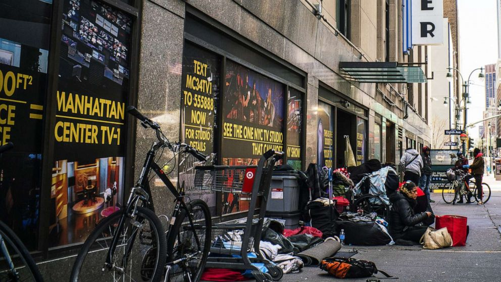 NYC Beamten bestätigen, 1. Obdachlosen-Tod von coronavirus