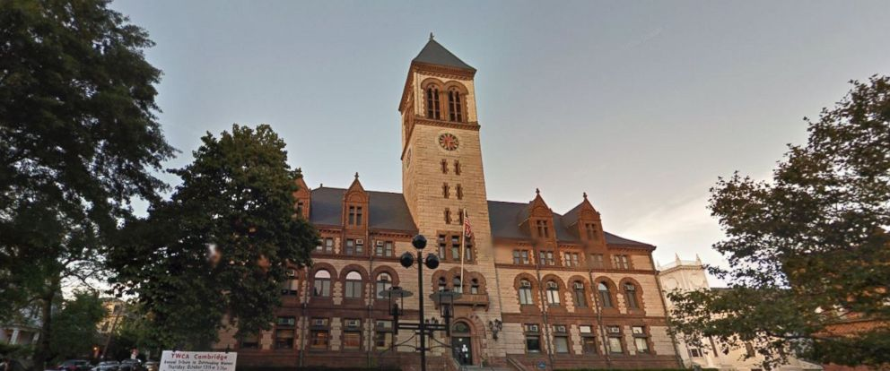 PHOTO: Cambridge, Massachusetts, City Hall