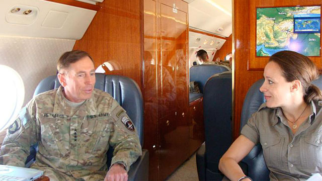 PHOTO: David Petraeus and Paula Broadwell