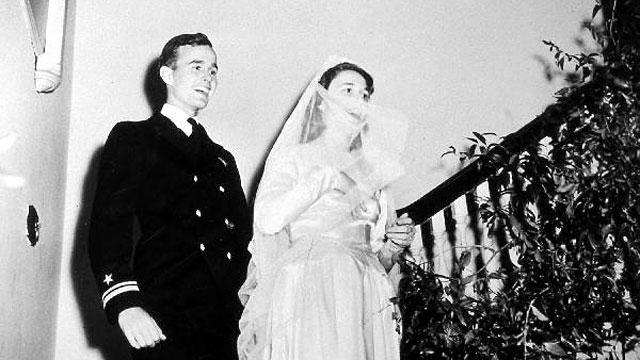 PHOTO: George Herbert Walker Bush and Barbara Pierce Bush on their wedding day in Rye, New York, Jan. 6, 1945.