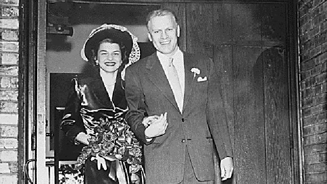 PHOTO: Gerald R. Ford, Jr., and Betty Ford leave Grace Episcopal Church in Grand Rapids, Michigan, following their marriage on October 15, 1948.