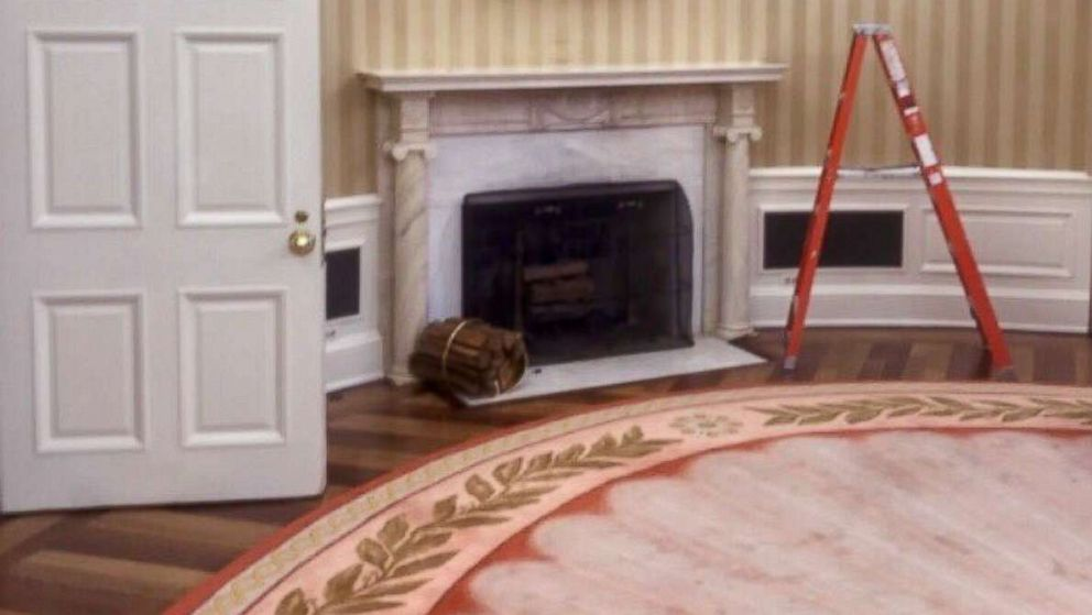Trump Staffer Tweets Photo Of White House Renovations Kicking Off West Wing Is Clearing Out Now Abc News