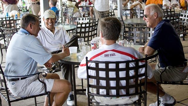 PHOTO:Barack Obama has a drink with Joe Biden, John Boehner, John Kasicha at Joint Base Andrews after playing a round of golf on June 18, 2011.