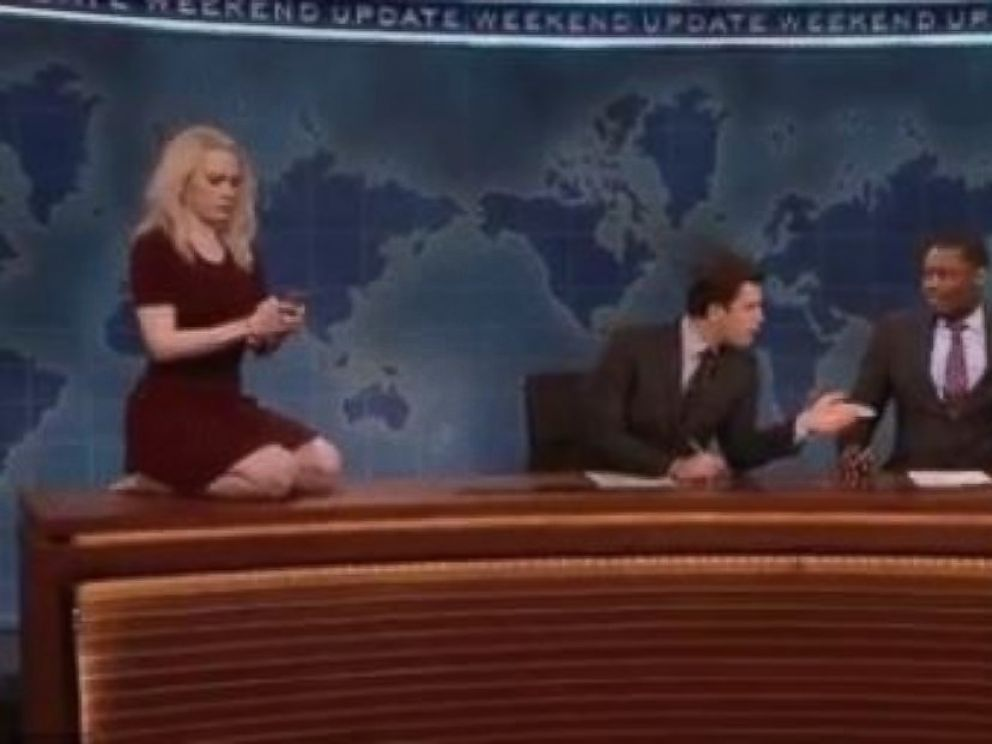PHOTO: Saturday Night Live cast member Kate McKinnon as White House adviser Kellyanne Conway during the shows March 4, 2017, episode.