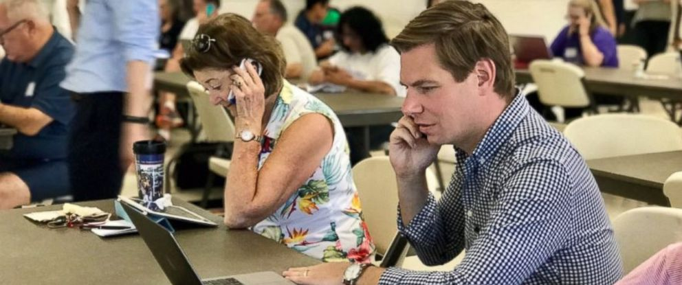 PHOTO: Rep. Eric Swalwell (D-Calif.) goes phone-banking in Dublin, Calif. on June 17, calling voters in Georgia on behalf of candidate Jon Ossoff.