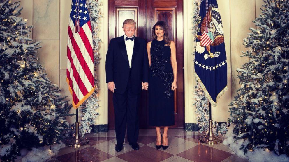 Trump White House Christmas.Trump Goes Big With White House Christmas But Who Pays