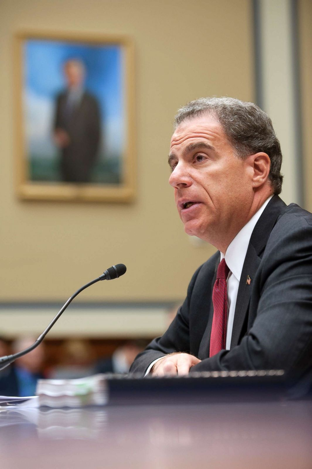FBI's decisions not politically motivated but agent actions hurt