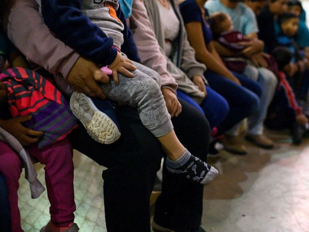 Trump administration to roll out plan for longer-term detention of migrant families