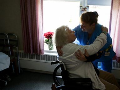 Feds unveil plan to 'reduce suffering' for nursing home residents and staff