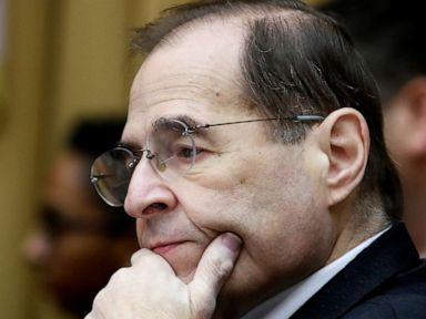 House Judiciary Chairman Jerry Nadler appears to nearly faint at New York event