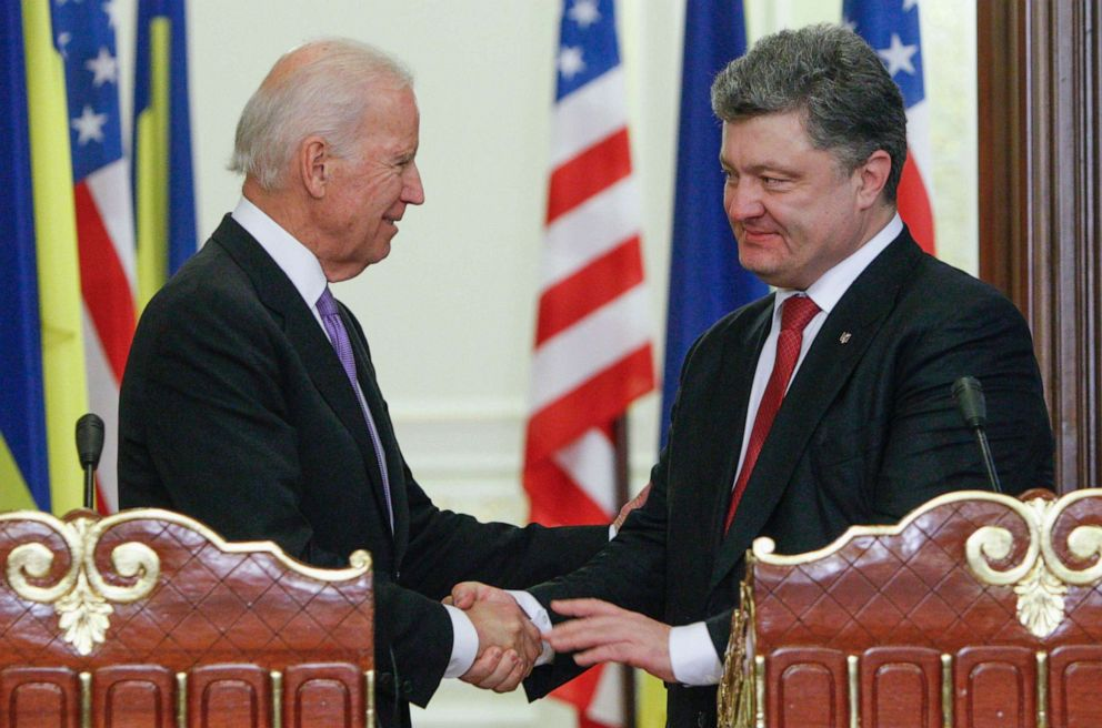 PHOTO: In this file photo, Vice President Joe Biden (L) shakes hands with Ukraines President Petro Poroshenko during a news conference in Kiev, on November 21, 2014.