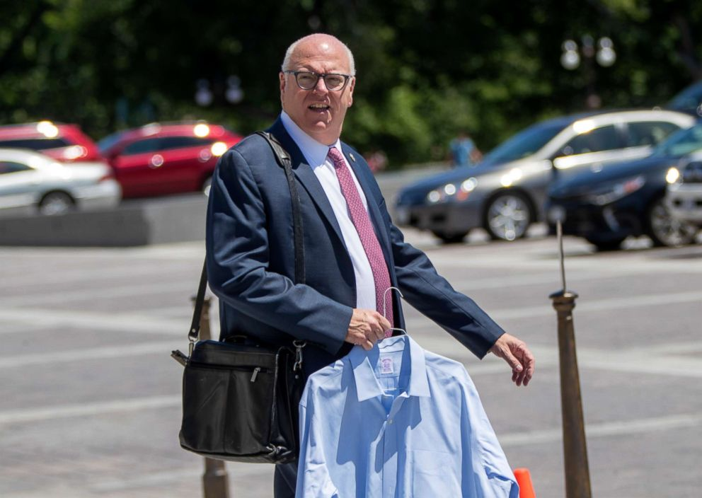 Watch Joe Crowley's Awesome Concession to Alexandria Ocasio-Cortez