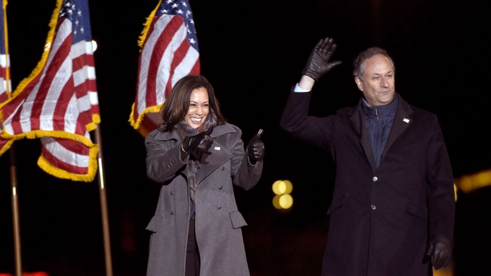 Vice President Elect Kamala Harris Husband Doug Emhoff Set To Become 1st Second Gentleman Abc News