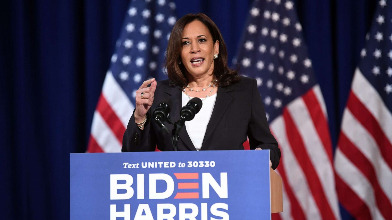 Democrats Of Color Rally Around Kamala Harris Amid Racial Microaggressions Political Attacks Abc News
