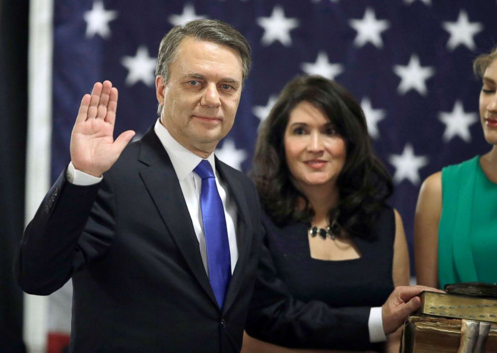 PHOTO: Jeff Colyer is sworn in as the 47th governor of Kansas during a ceremony at the Statehouse in Topeka, Kan., Jan. 31, 2018.
