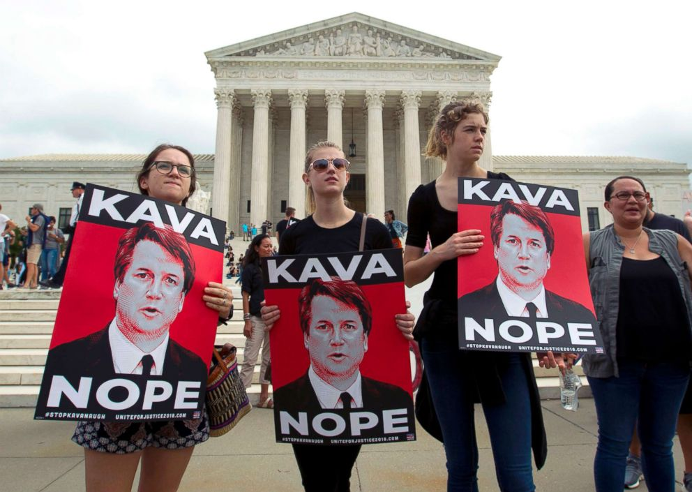 PHOTO: Protesters against Supreme Court nominee Brett Kavanaugh demonstrate at the U.S. Supreme Court in Washington, D.C., Oct. 6, 2018.