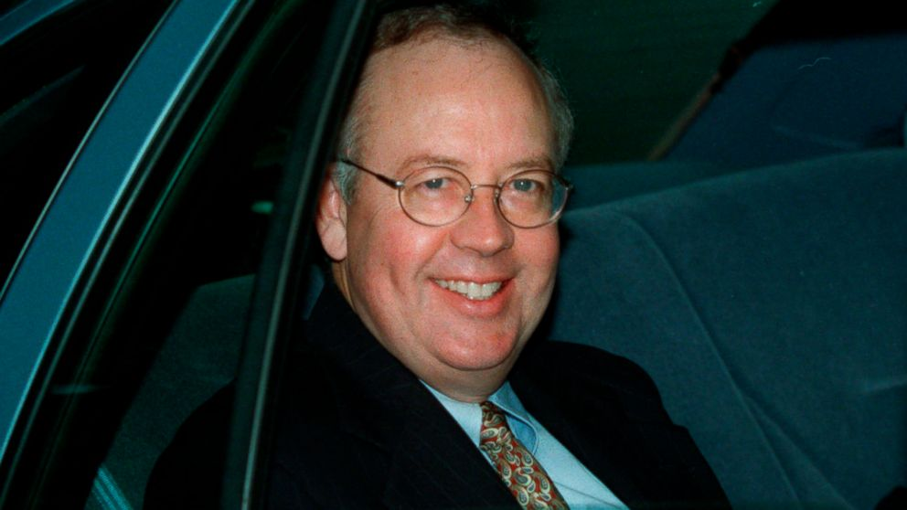 Independent Counsel Kenneth Starr leaves his home, Sept. 21, 1998, in McLean, Va.