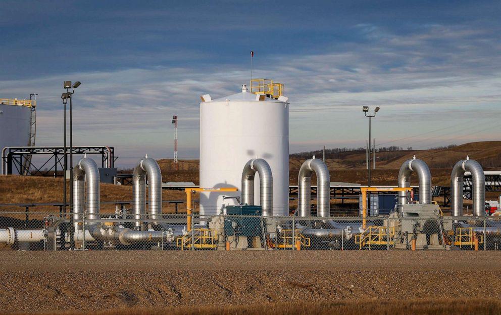 PHOTO: A TransCanadas Keystone pipeline facility is seen in Hardisty, Alberta, Nov. 6, 2015.