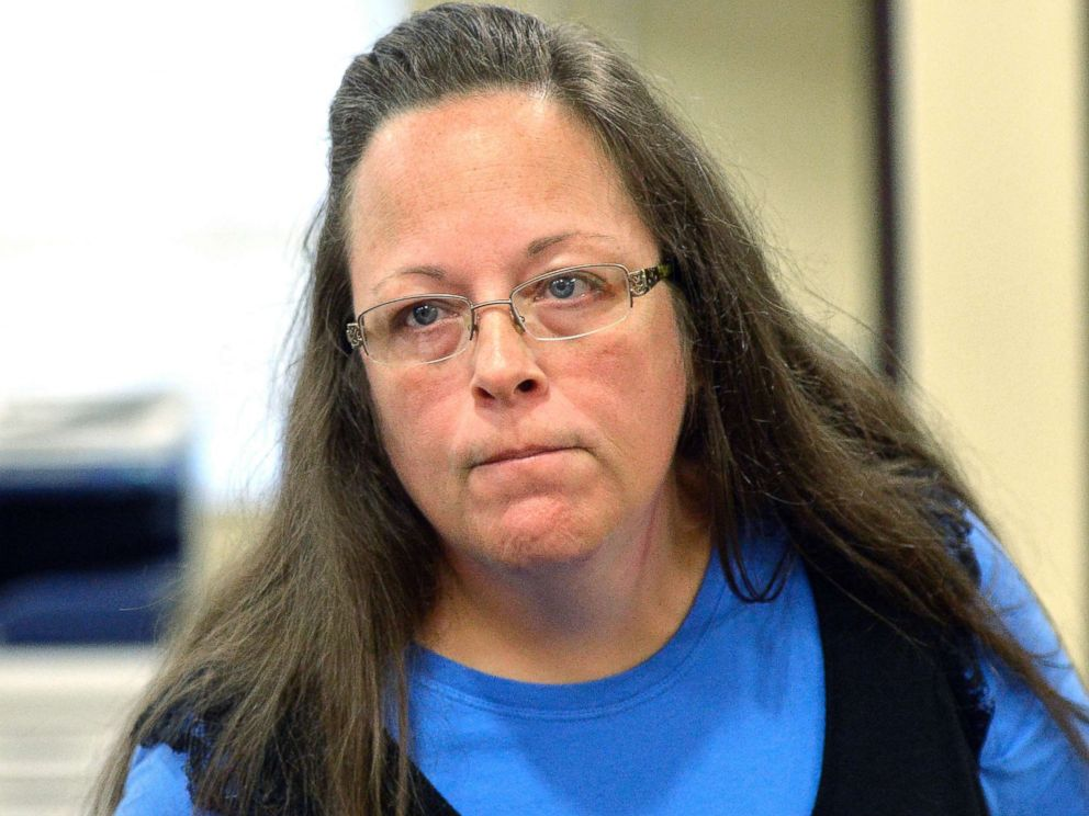 PHOTO: Rowan County Clerk Kim Davis listens to a customer at the Rowan County Courthouse in Morehead, Ky., Sept. 1, 2015.