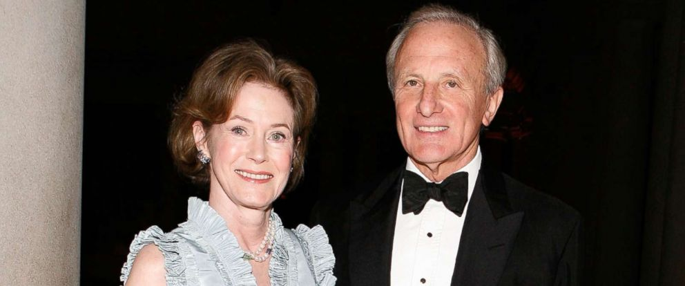 PHOTO: Kimba Wood and Frank Richardson attend an event at The Frick Collection on Oct. 19, 2009 in New York.