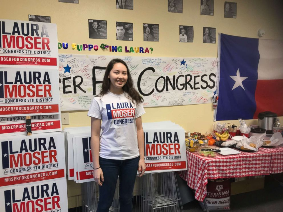 PHOTO: A fellow for Laura Mosers campaign at campaign headquarters.