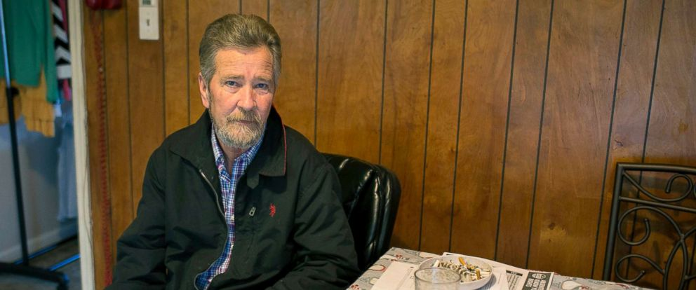 PHOTO: Leslie McCrae Dowless sits in his kitchen in Bladenboro, NC.