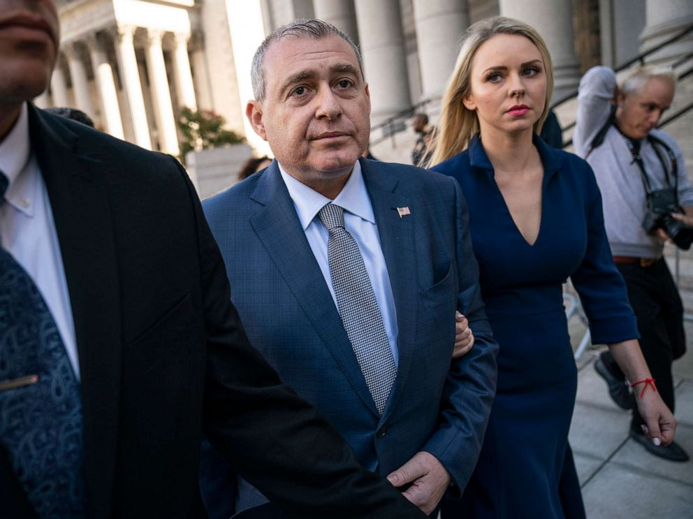 Trump Is Implicating Giuliani in a Bribery Conspiracy: Ex-SDNY Prosecutor