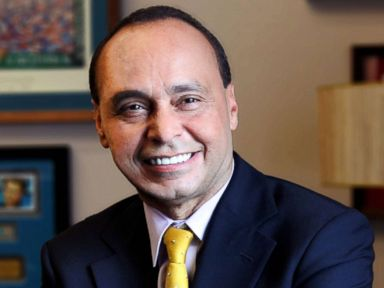 PHOTO: Congressman Luis Gutierrez in an official portrait.
