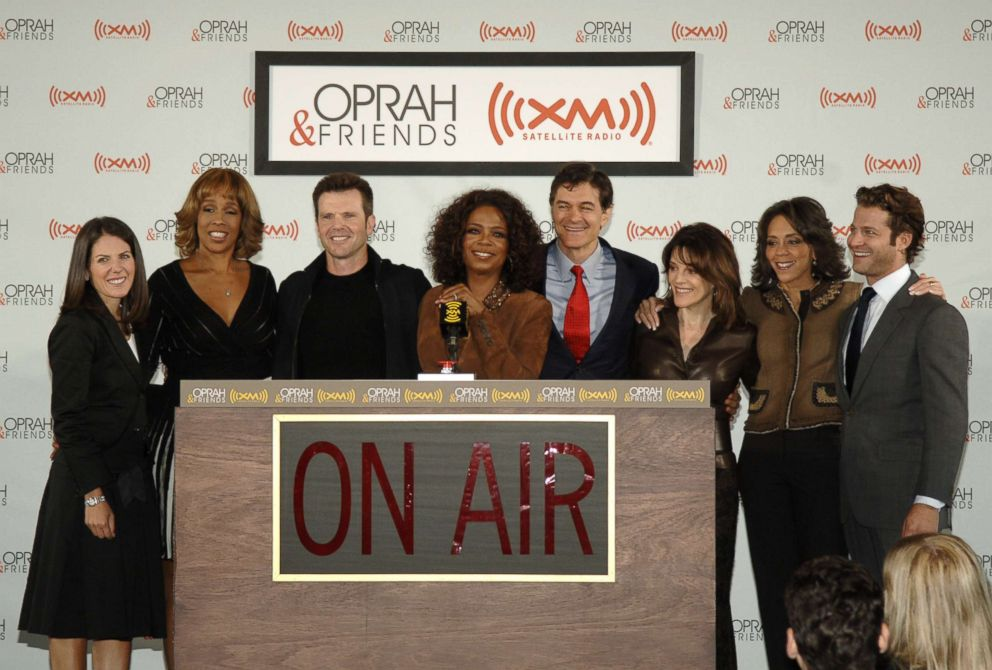 PHOTO: Jean Chatsky, Gayle King, Bob Greene, Oprah Winfrey, Dr. Mehmet Oz, Marianne Williamson, Dr. Robin Smith and Nate Berkus, Sept. 25, 2006.