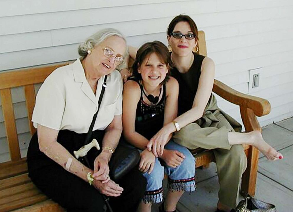 PHOTO: Marianne Williamson (right) with daughter India and mother, Sophie Ann