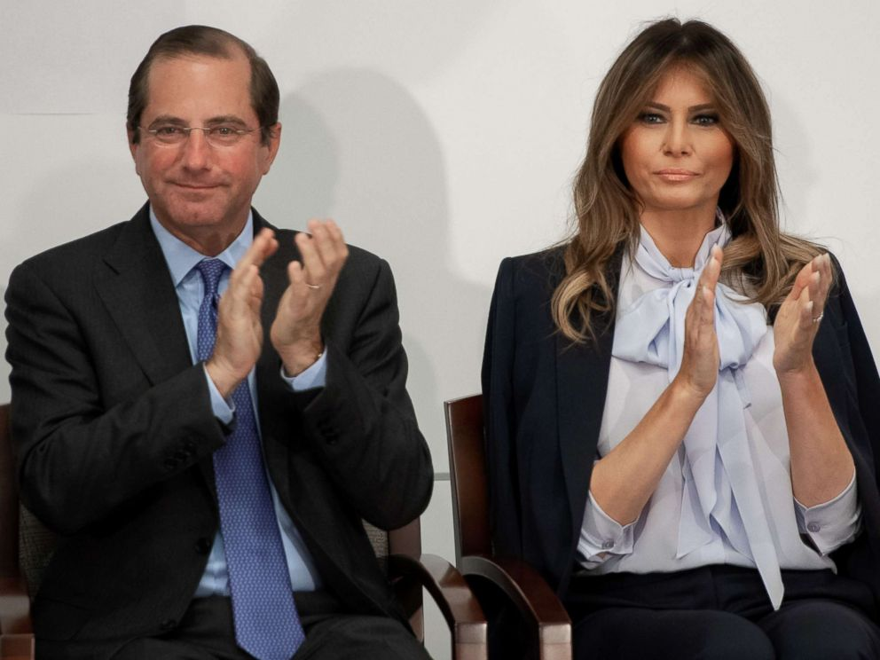PHOTO: First Lady Melania Trump applauds as she arrives alongside US Secretary of Health and Human Services Alex Azar, left, during the Federal Partners in Bullying Prevention (FPBP) Cyberbullying Prevention Summit in Rockville, Maryland, Aug. 20, 2018.