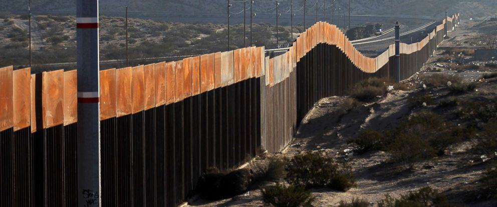 PHOTO: A view of the border wall between Mexico and the United States, in Ciudad Juarez, Chihuahua, Mexico, Jan. 19, 2018.