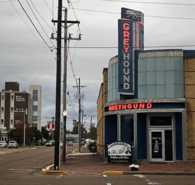 PHOTO: A neon sign is partially lit at a former Greyhound Bus Station in Clarksdale, Miss., Oct. 26, 2018.