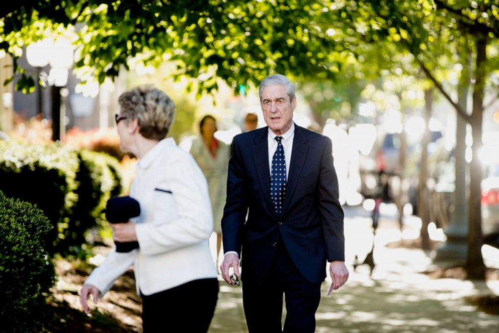 PHOTO: Special Counsel Robert Mueller and his wife Ann Cabell Standish, left, arrive for Easter services at St. Johns Episcopal Church, April 21, 2019, in Washington D.C.