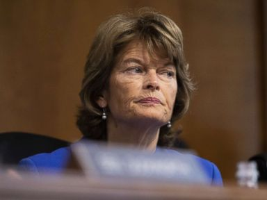 On Kavanaugh allegations Murkowski sends message to GOP Take them seriously
